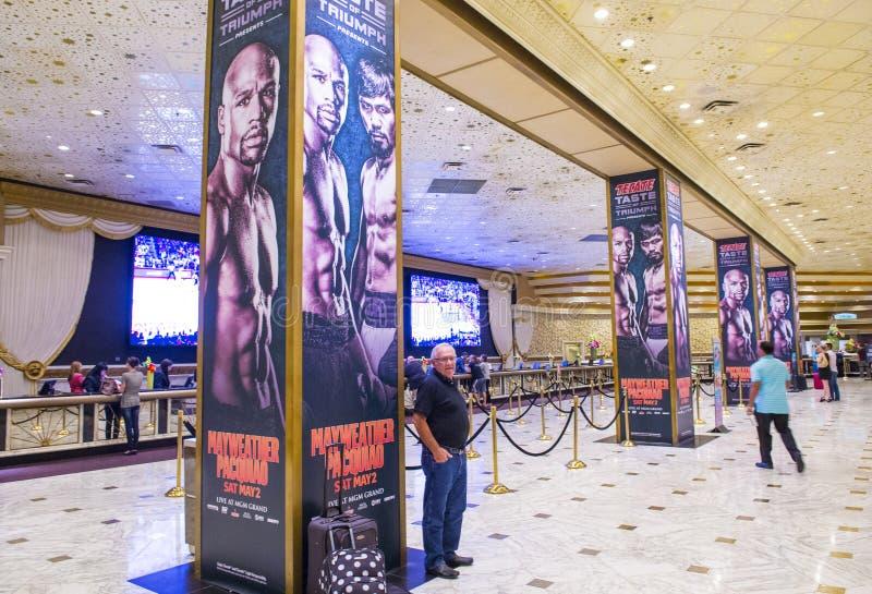 De strijd van Floyd Mayweather en Manny Pacquiao- stock foto