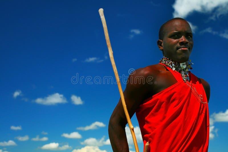 De strijder van Masai het dansen traditionele dans royalty-vrije stock afbeelding