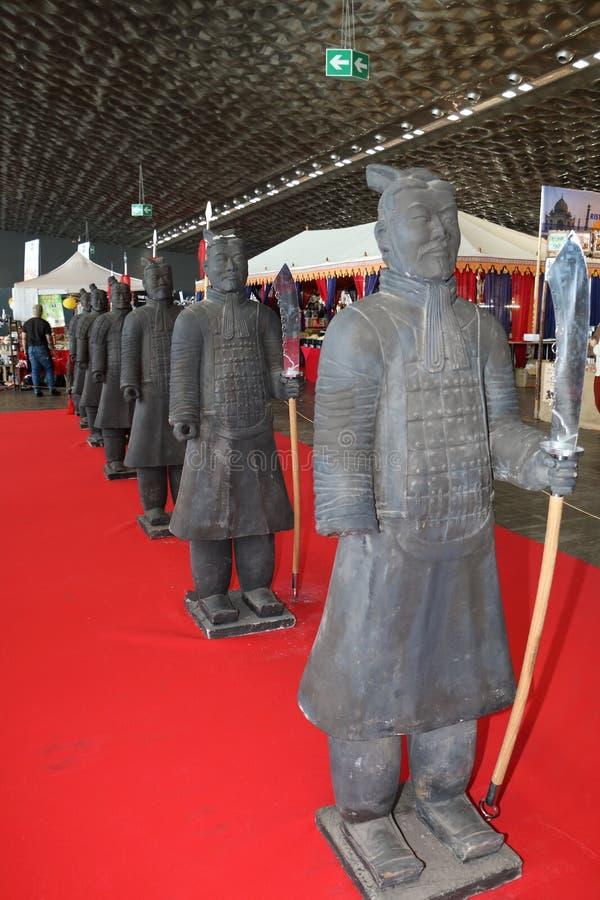 De strijders van het terracottaleger in Genua bij het festival van het Oosten op 8 Maart, 2019 stock foto