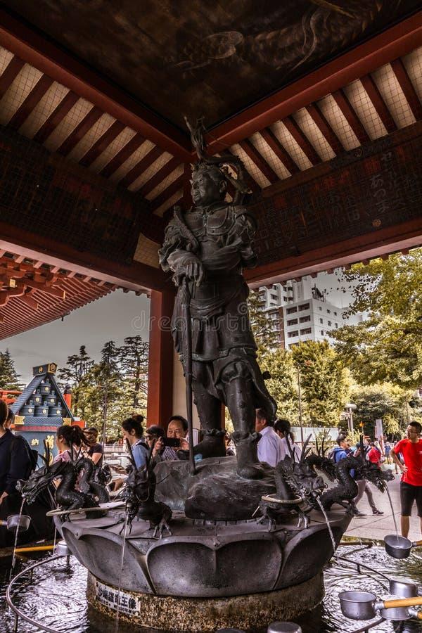 De strijdersbeschermer van Asakusabushi van de tempel royalty-vrije stock afbeeldingen
