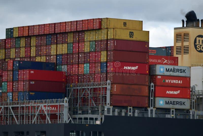 De stromen van het containerschip van Felixstowe het UK stock afbeelding