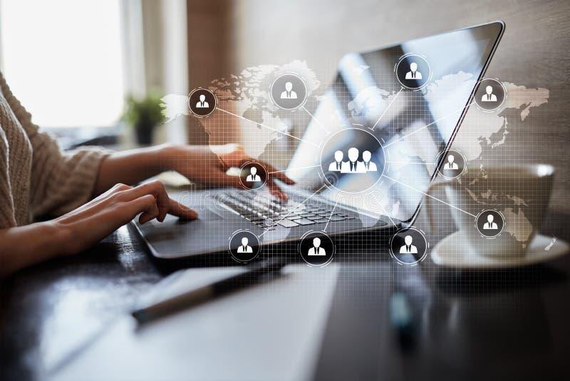 De structuur van de mensenorganisatie U Personeel en rekrutering Mededeling, Internet-technologie Bedrijfs concept stock afbeeldingen