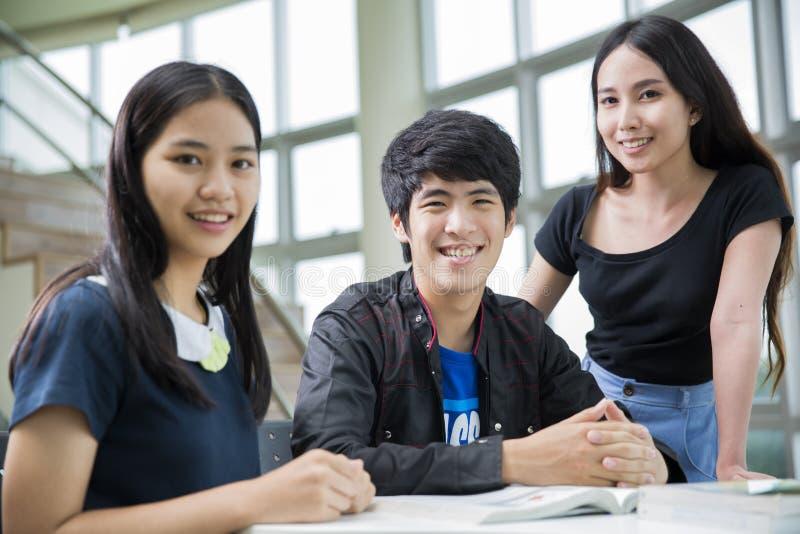 De studenten van Azië stock foto
