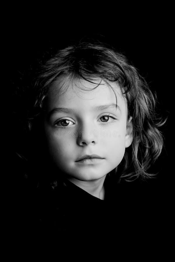 de studioportret van de 5 éénjarigenjongen royalty-vrije stock afbeelding