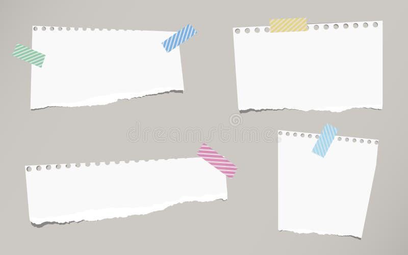 De stukken van gescheurd wit leeg notitieboekjedocument zijn geplakt met gestreepte kleverige band royalty-vrije illustratie