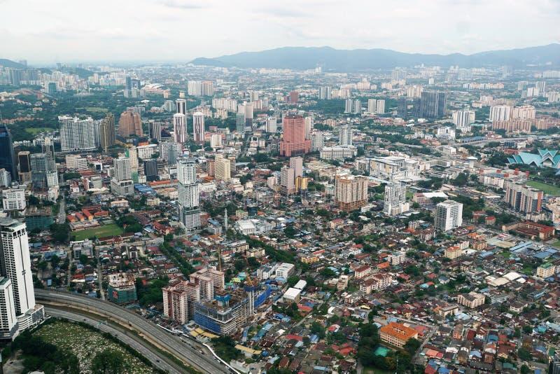 De stuwadoor van Kuala van Petronatorens in Maleisië in Azië stock foto's