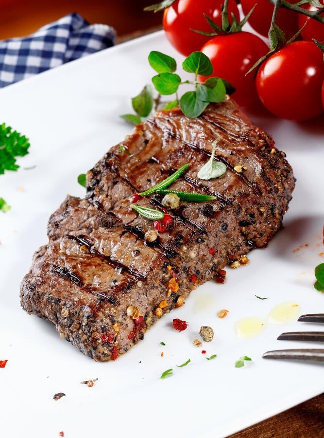 De succulente offerte peppered lapje vlees stock foto's