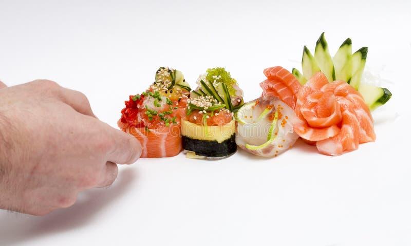 De sushi treffen voorbereidingen stock afbeeldingen
