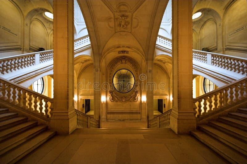 De symmetrie van het Louvre royalty-vrije stock foto's