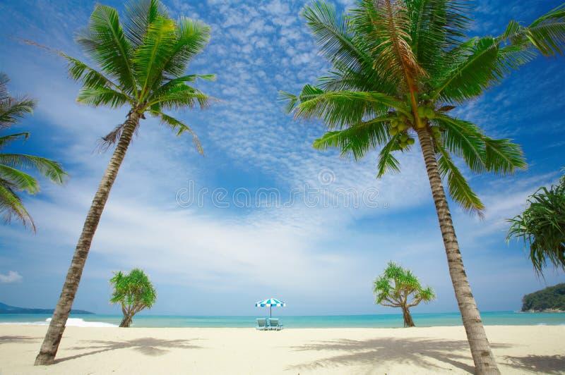 De symmetrie van het strand stock fotografie