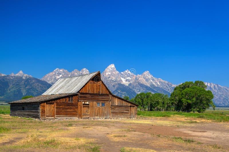 De T A De Moultonschuur is een historische schuur in Wyoming, Verenigde Sta stock foto