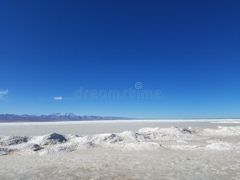 De Tanggulabergen worden gevestigd bij de grens tussen het noordoostelijke Autonome Gebied van Tibet van China en Qinghai-Provinc royalty-vrije stock fotografie