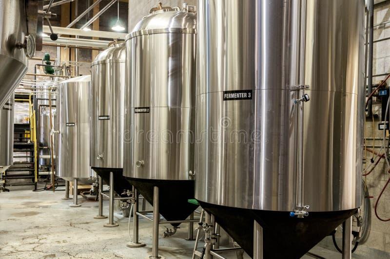De tank van de biergister royalty-vrije stock afbeeldingen