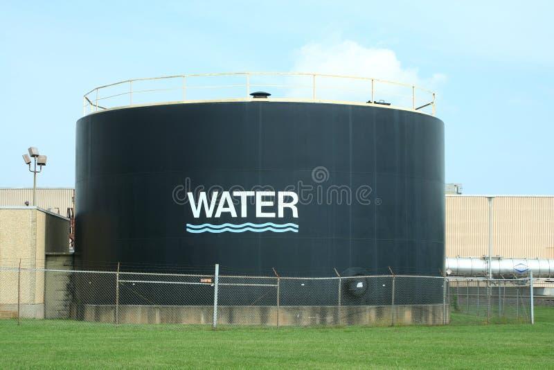 De tank van het water tegen blauwe hemel royalty-vrije stock foto