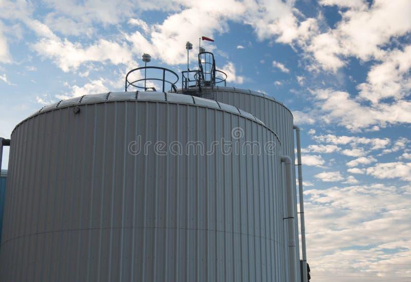 De tanks van de wateropslag royalty-vrije stock afbeeldingen