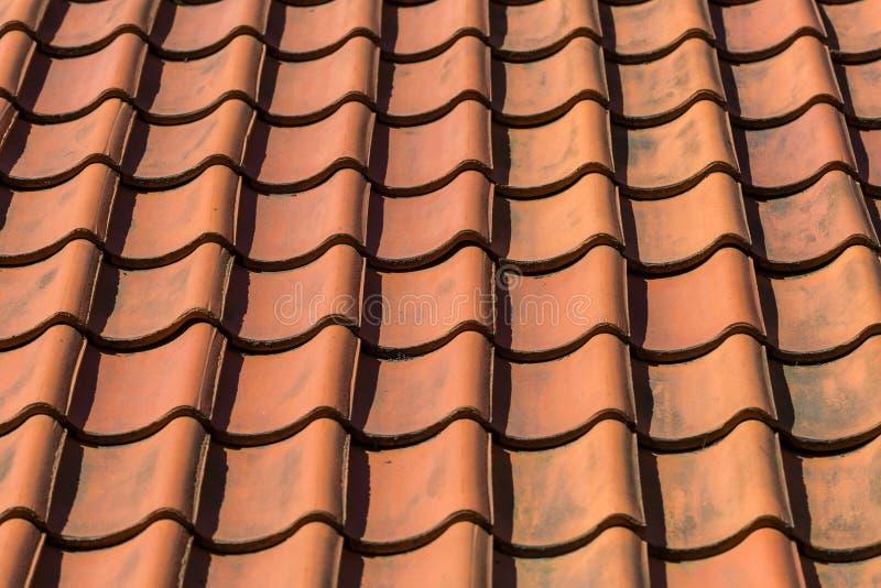 De tegelpatroon van het dak stock fotografie