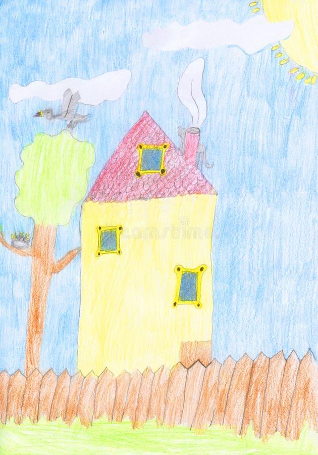 De tekening van het jonge geitjeskleurpotlood van een huis met de omheining, de boom en de vogels nestelen stock foto's
