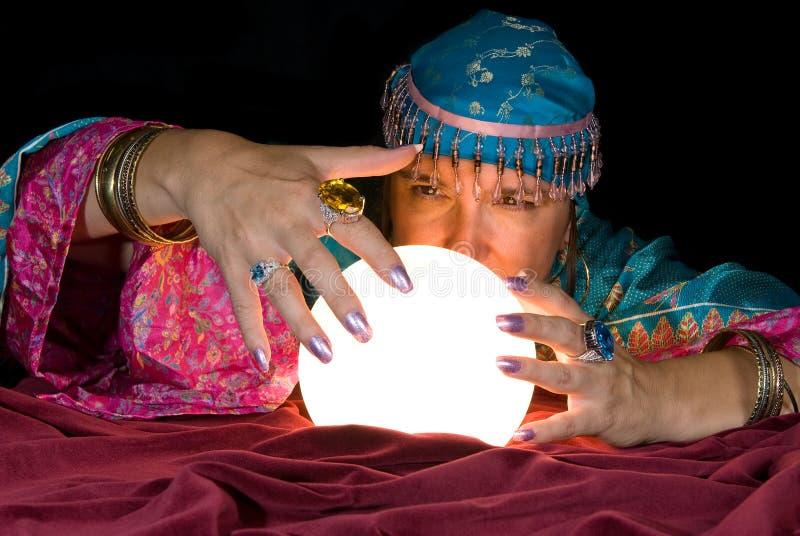De Teller en de Kristallen bol van het fortuin royalty-vrije stock afbeelding