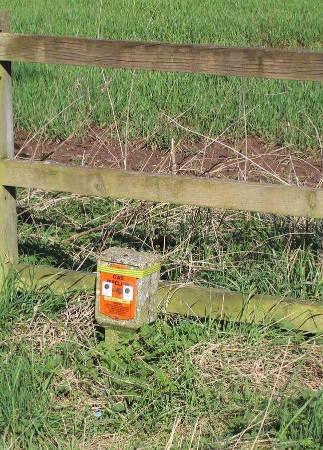 De teller van het gaspunt in hedgrow naast Lange Steeg Treeton royalty-vrije stock fotografie