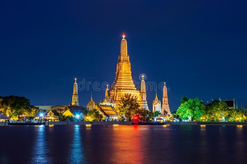 De Tempel van Arun van Wat in Bangkok stock foto's