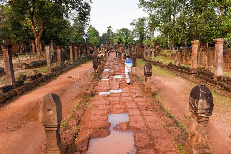 De tempel van Banteaysrei in Siem oogst in Kambodja royalty-vrije stock fotografie