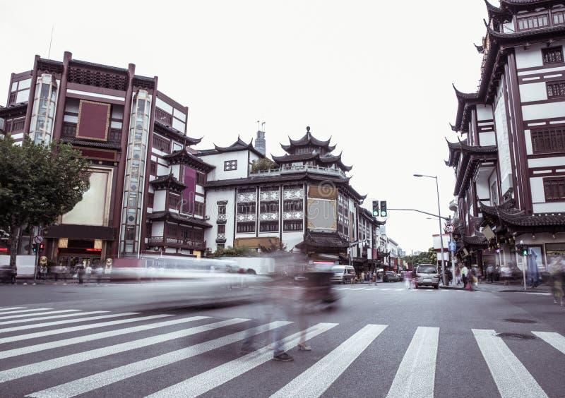 De tempel van de de stadsgod van Shanghai, de stadsstraat van Shanghai, afgebraamde menigte stock fotografie
