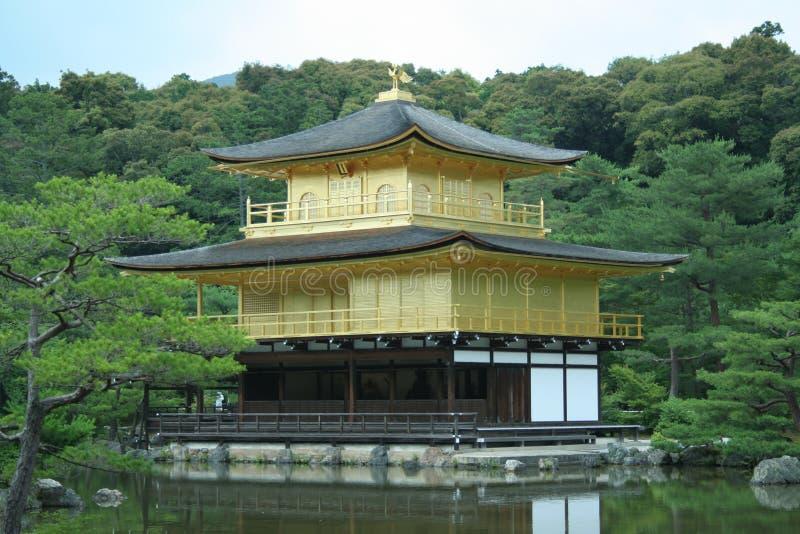 De Tempel van Kinkakuji royalty-vrije stock afbeeldingen