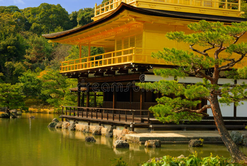 De tempel van Kinkakuji, Kyoto, Japan royalty-vrije stock foto
