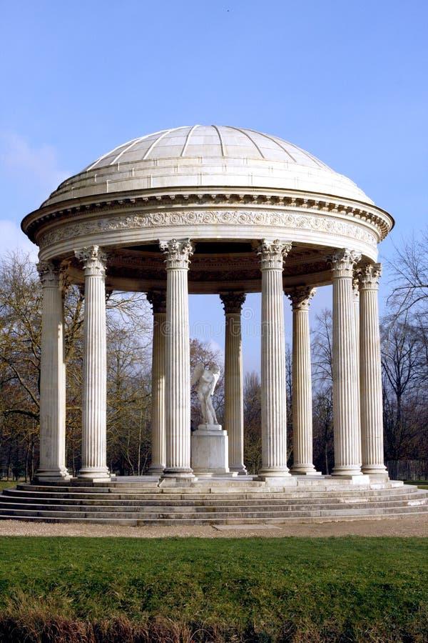 De Tempel van Liefde - Versailles stock foto