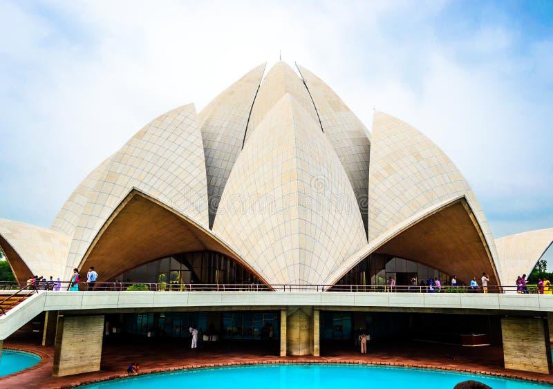 De Tempel van Lotus in Delhi stock foto