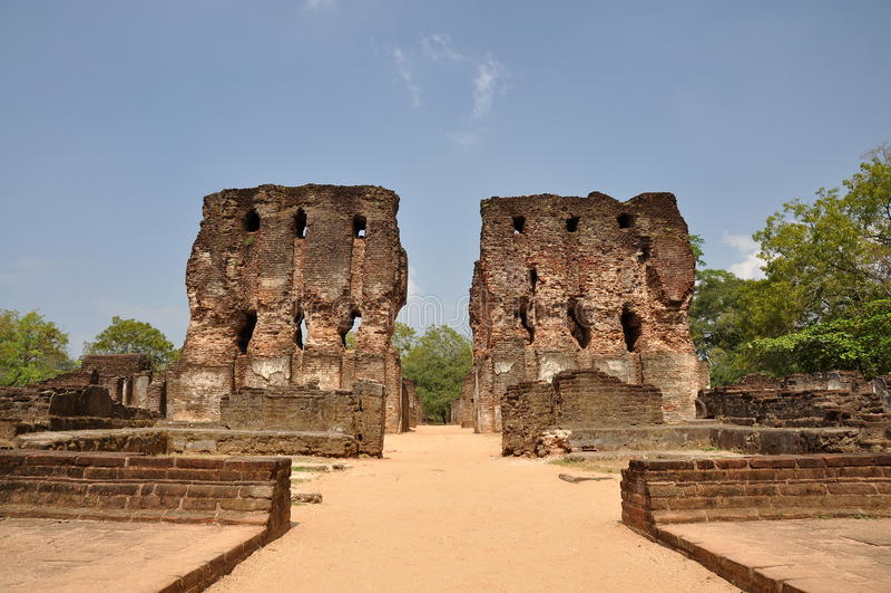 De tempel van Pollonaruwasri lanka royalty-vrije stock afbeeldingen