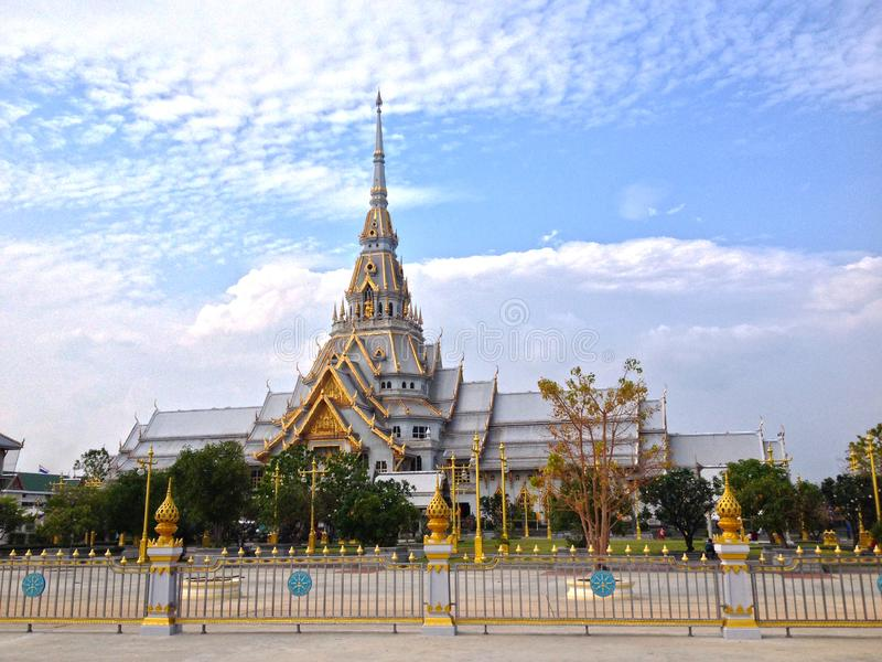 De tempel van Wat luang phor sothorn van Thailand stock afbeeldingen