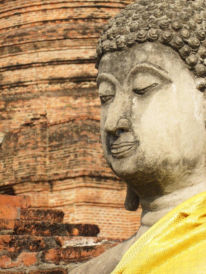 DE TEMPEL VAN WAT YAI CHAI MONG KHON, AYUDHYA - CIRCA JANUARI 2014: Wat yai-chai-mong-khon tempel, de mooie die tempel van A in m royalty-vrije stock foto
