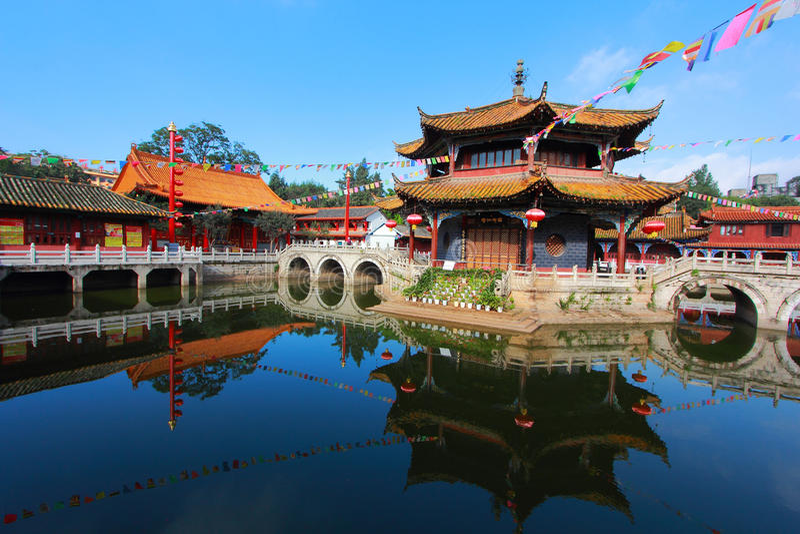 De Tempel van Yuantongkunming stock foto's