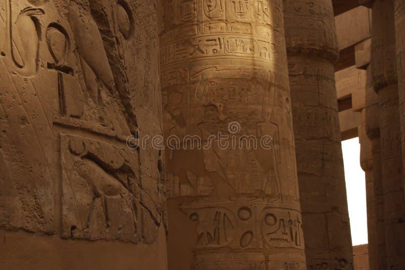 De tempelhiërogliefen van Karnak royalty-vrije stock afbeelding