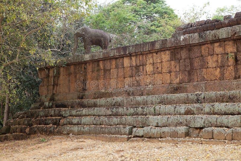 De tempelruïnes van Mebon van het oosten stock foto's