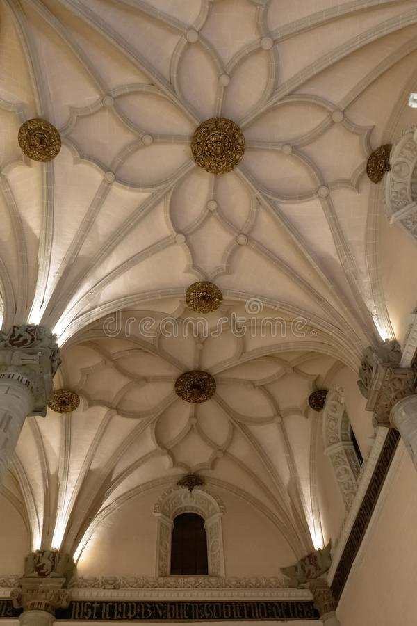 De tentoonstellingszaal van La Lonja in Zaragoza, Spanje royalty-vrije stock foto