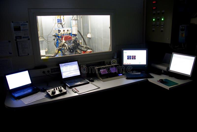 De testcontrolekamer van de motor