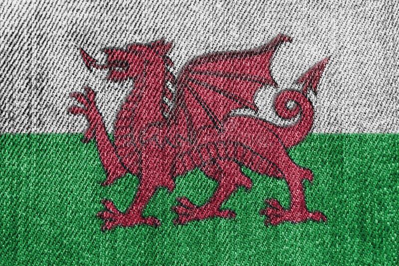 De Textielindustrie van Wales of Politiekconcept: De Welse Jeans van het Vlagdenim stock foto's