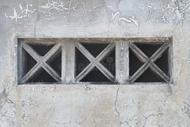 De Texturen van de Grungemuur met Ventilatieblok stock foto