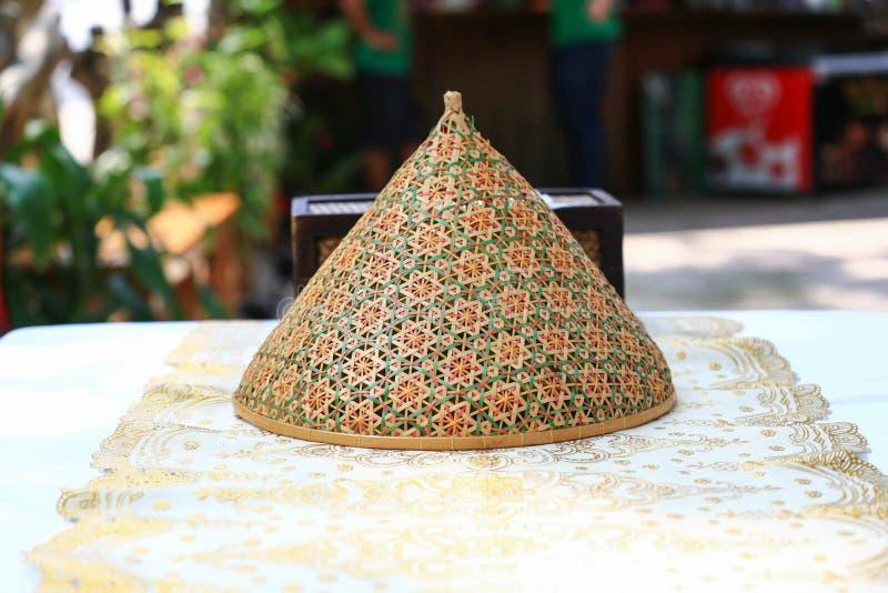 De Thaise die dekking van het stijlvoedsel van bamboehout wordt gemaakt royalty-vrije stock foto's