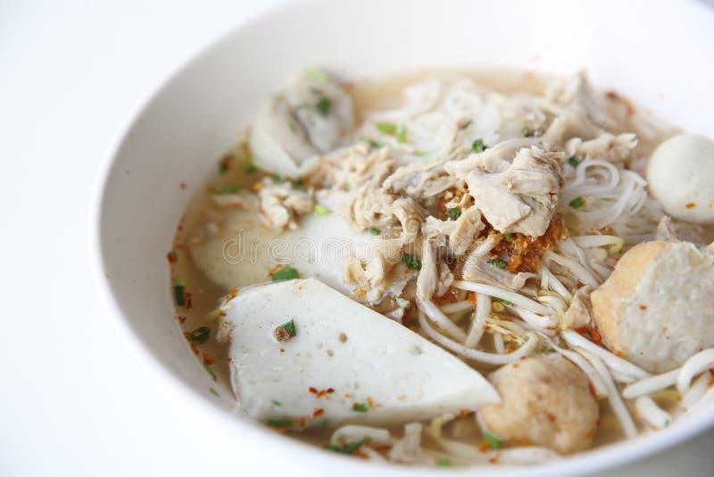 De Thaise noedel van voedseltom yum in Thaise stijl stock fotografie