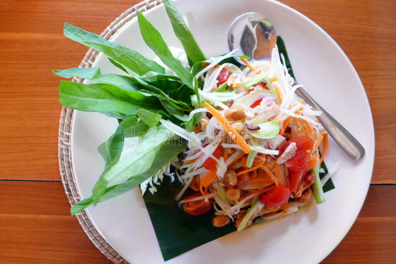 De Thaise salade van de Papaja stock afbeeldingen