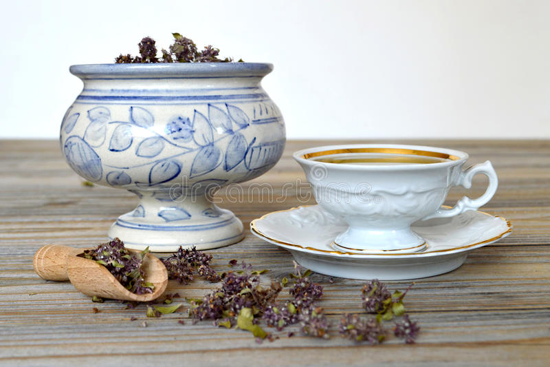 De thee van de citroenbalsem royalty-vrije stock afbeelding