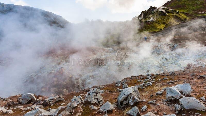 de thermische lentes in Landmannalaugar in IJsland royalty-vrije stock afbeelding