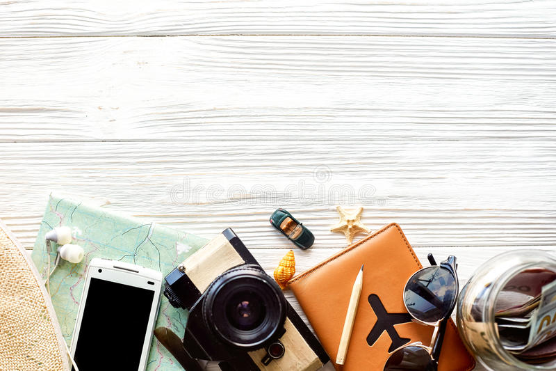 De tijd om concept, van de achtergrond zwerflustvakantie vlakte te reizen legt, stock fotografie