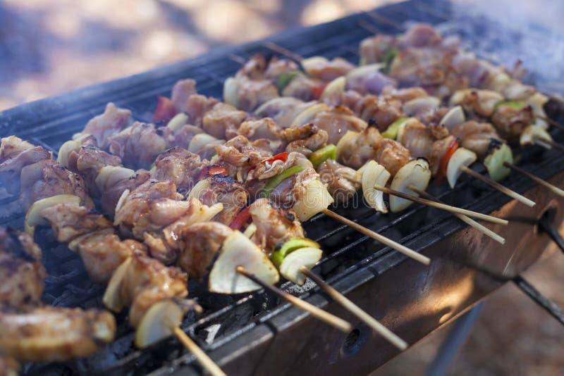 De Tijd van de weekendbarbecue stock afbeelding