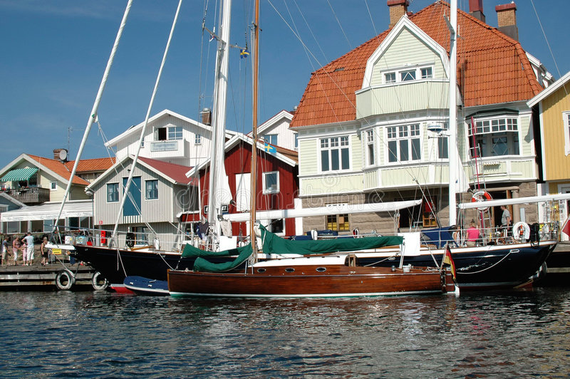 De Tijd van de zomer op Zweedse Coa stock fotografie