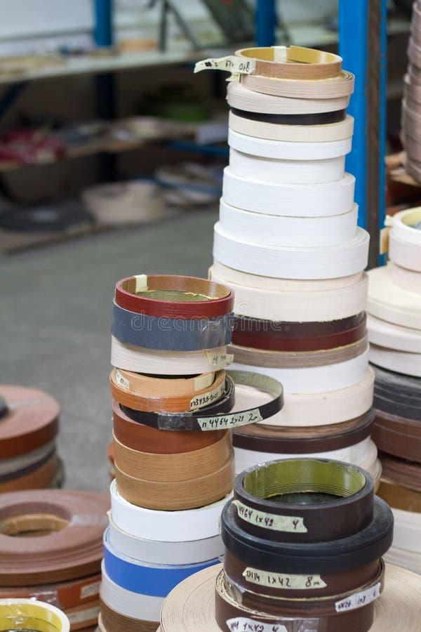 De toebehoren van het meubilair Multicolored spoelen van de rand en de melanine van pvc voor de vervaardiging van meubilair stock afbeeldingen