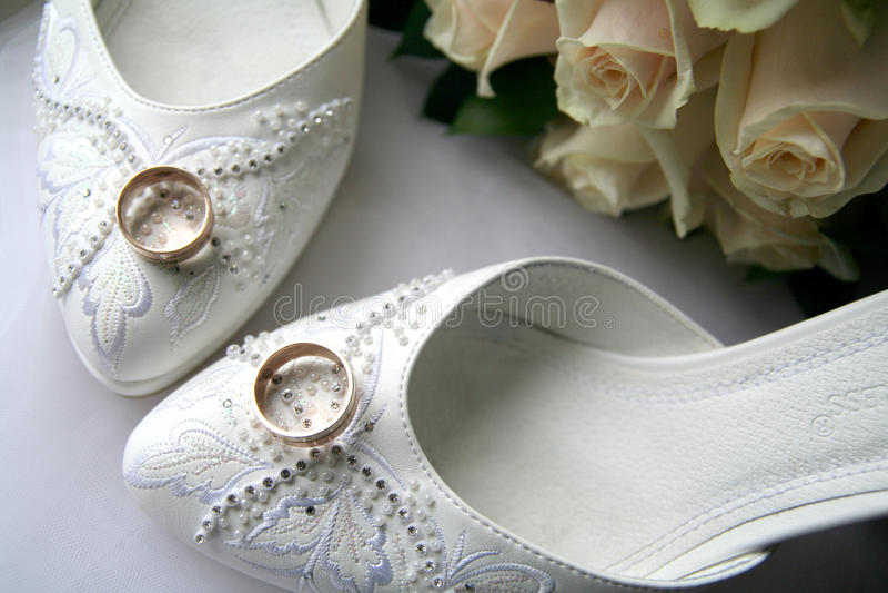 De Toebehoren van trouwringen stock foto